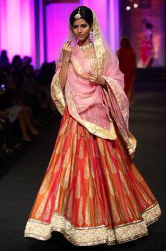 Aamby Valley Fashion Week 2012: Meera and Muzaffar Ali