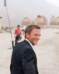 """maddysgems: """" 007 in Chile Quantum Of Solace 2008 """""""
