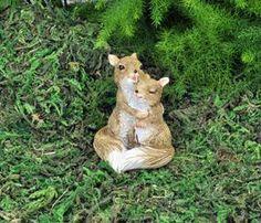 LOVER SQUIRRELS