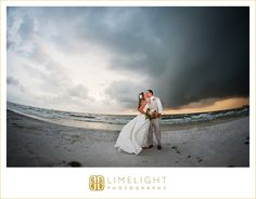 #Wedding #LimelightPhotography #Clearwater #beach #Hyatt #kisses
