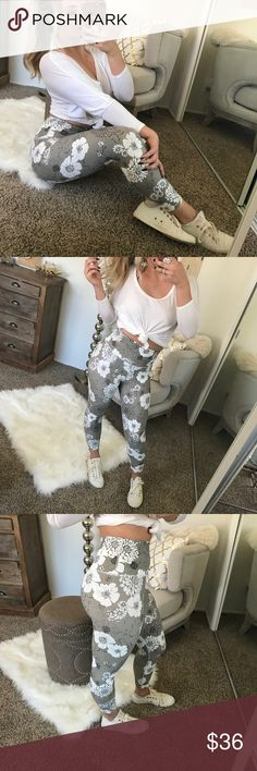 """🆕 Floral Taupe Workout Leggings My workout legging game keeps getting better and better! 💁 same amazing workout bran similar to lululemon & high quality workout brands. White floral pattern and hit right around the ankle. Super soft and plenty of stretch if needed Modeling size small and I am a typical size small✨paired jean jacket for sale as well ✨  • Material: polyamide & elastase  • Measurements: (S) hip to hip 12.5"""" length 31""""; rise 11""""; 0.5"""" difference between sizes; 3"""" allowable hip…"""