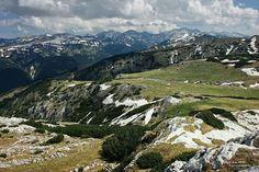 Godeanu mountains, Romania Beauty Tips, Beauty Hacks, Mountain Hiking, Home And Away, Rock Climbing, Trekking, Poland, Wanderlust, Mountains