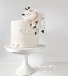 Love small wedding cake anniversay blush pink roses