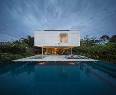 White House  / Studio MK27 - Marcio Kogan + Eduardo Chalabi | ArchDaily