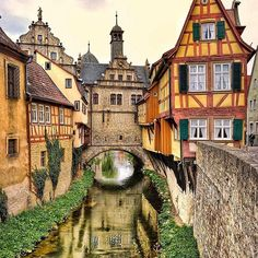 Marktbreit, Germany    F O T O:  @tatsolbe