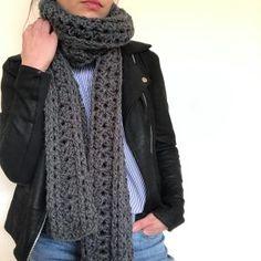 Chaleco Eliana | Corazón de Camelia Pullover, Crochet, Sweaters, Fashion, Knitting Needles, Collar Pattern, Woven Blankets, Moda, Fashion Styles