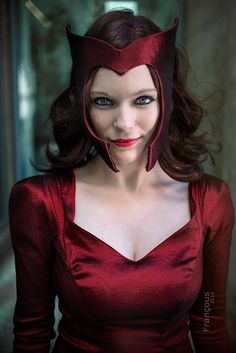Scarlet Witch Cosplay at Big Wow Comicfest 2014, Photo by Françous