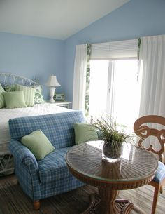 Tropical Bedroom Small Bedroom Design, Pictures, Remodel, Decor and Ideas - page 30 Blue Bedroom, Bedroom Colors, Master Bedroom, Bedroom Small, Cozy Bedroom, Luxury Bedroom Furniture, Bedroom Decor For Teen Girls, Girl Bedrooms, Tropical Bedrooms