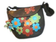 LIBERTY Sac simili cuir fleurs FLOWER POWER multicolore et papillon fond marron : Sacs bandoulière par catsoo