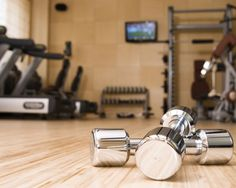 An expert weighs in on how you should spend your gym time