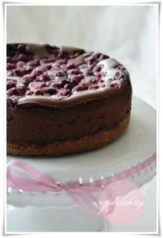{Fabelaktig} NY cheese choclate cake with raspberries
