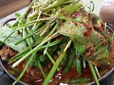 E este Gamjatan? Sopa de Costela de porco meio picante By Umigwan Rua newton prado 45 bom retiro...