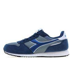 Adidas, Sneakers, Sports, Fashion, Tennis, Hs Sports, Moda, Slippers, Fashion Styles