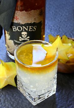 Coconut Rum Floater cocktails are perfect for your happy hour tonight!