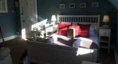 Sunny Rooms @ the Albyn