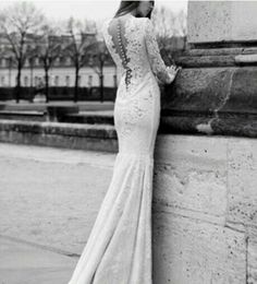 Love the back of the wedding dress