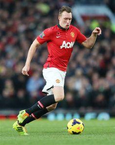 Look at the ball Jones. Anthony Jones, Phil Jones, Manchester United, Faces, The Unit, Running, Man United, Racing, Keep Running