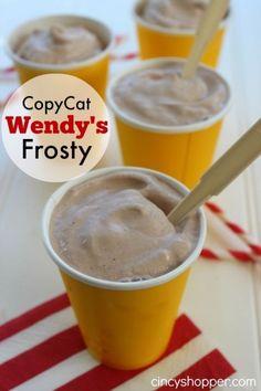 CopyCat Wendy's Chocolate Frosty Recipe - it's easy to make homemade. CopyCat Wendy's Chocolate Frosty Recipe - it's easy to make homemade. Frozen Drink Recipes, Frozen Drinks, Frozen Desserts, Frozen Lemonade, Summer Desserts, Frozen Treats, Copycat Wendy's Frosty Recipe, Wendys Frosty Recipe, Dole Whip Recipe