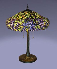 Tiffany-Style-Stained-Glass-Laburnum-Table-Lamp