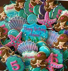 Mermaid cookies Mermaid Theme Birthday, Little Mermaid Birthday, Little Mermaid Parties, Girl 2nd Birthday, 4th Birthday Parties, Birthday Ideas, Crazy Cookies, Cute Cookies, Sirenita Cake