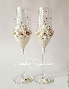 """Wedding glasses / Свадебные аксессуары ручной работы. Ярмарка Мастеров - ручная работа. Купить Свадебные бокалы """"Розы Брюле-Swarovski."""""""". Handmade."""