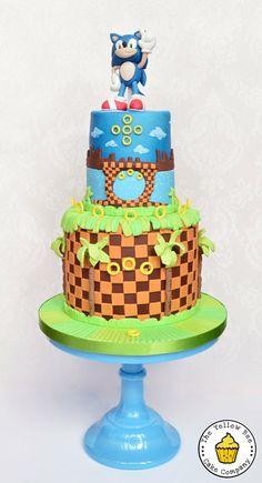 Sonic the Hedgehog - by YellowBeeCakeCompany @ CakesDecor.com - cake decorating website