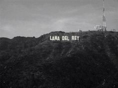 Smack dab in the middle of Hollyweird - Lana Del Rey as the Hollywood sign Lana Del Rey Albums, Lana Del Rey Lyrics, Lana Del Ray, Lana Rey, Song Lyrics, Elizabeth Woolridge Grant, Elizabeth Grant, Brooklyn Baby, Born To Die