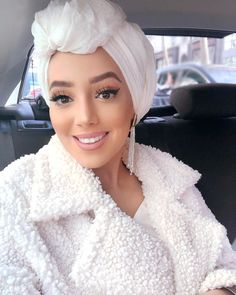 Turban Hijab, Turban Outfit, Mode Turban, Head Turban, Turban Style, Muslim Brides, Muslim Girls, Turbans, Beau Hijab