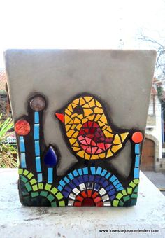 Pin by Karen Greenstein on mosaics Mosaic Animals, Mosaic Birds, Mosaic Wall, Mosaic Glass, Mosaic Planters, Mosaic Garden Art, Mosaic Flower Pots, Mosaic Crafts, Mosaic Projects