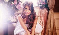 Sonam Kapoor on being a Show Piece in Prem Ratan Dhan Payo Prem Ratan Dhan Payo, Bollywood Fashion, Bollywood Style, Sonam Kapoor, Diva, Campaign, Hollywood, Photoshoot, Long Hair Styles