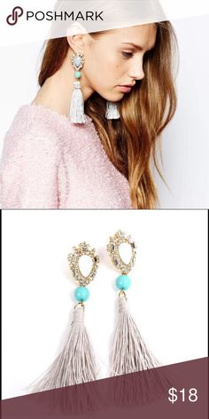 Fringe Tassled Crystal Statement Earrings Fringies! A beautiful grey and turquoise crystal statement fringed earring. Can be worn with a variety of outfits. Great for your NYE party! Only found in this listing and is the only one for sale. Get it before it's gone! Measurements coming shortly. Bedecked & Bedazzled Jewelry Earrings