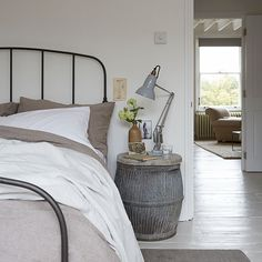 Master bedroom | Victorian terrace flat | House tour | PHOTO GALLERY | Livingetc | Housetohome.co.uk