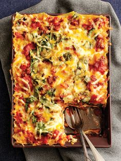 Lasagne à la saucisse italienne et aux épinards - Châtelaine Quick Recipes, Pasta Recipes, Cooking Recipes, Healthy Snaks, Confort Food, Lotsa Pasta, Diner Recipes, Pasta Noodles, Pasta Bake