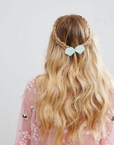 Limited Edition Novelty Double Clam Mermaid Shell Hair Clip