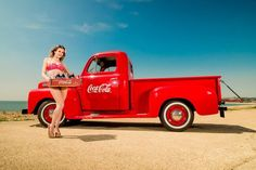 Holly H Ford Pickup (Rich Tags: truck vintage model fifties pickup holly bikini cocacola pinup harding richardpaicephotographyrichpicsukyahoocouk Vintage Trucks, Old Trucks, Pickup Trucks, Rockabilly Kids, Truck Tent, Commercial Van, Pepsi Cola, Automotive Photography, Classic Trucks
