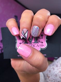 Uñas rosadas Love Nails, Pink Nails, My Nails, Best Acrylic Nails, Gel Nail Art, Shellac Nails, Nail Manicure, Mickey Nails, Queen Nails