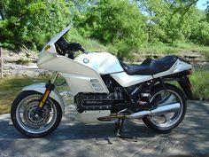 #bmw k 100 rs 1991 #motorcycles  Der Traum einer Tourenmaschine von BMW aus den 90ern.