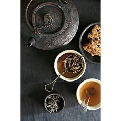 Happy Sunday! Tea mornings are sometimes like these. Trying to figure out the taste of tea; being much the coffee person! Silver needles tea from @chaichun.t  #tea #teapot #foodstyling #mood #silverleaf #indianchai #moodimage #tealeaves #india #tealover #tealife #teaworld #stilllife #instatea #teacup #cuppatea #rustic #props #vintage #vintagestyle #green #stilllifephotography
