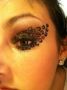 Leopard eye make-up done by myself by jenny Beauty Makeup, Hair Makeup, Hair Beauty, Fun Makeup, Leopard Eyes, Adult Face Painting, Eye Art, Eye Make Up, Best Makeup Products