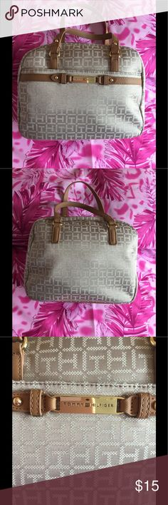 """💕Tommy Hilfiger Tan and Cream Handbag💕💕SALE💕💕 💕Pre-owned💕 A gorgeous Tommy Hilfiger handbag, looks great with any dress attire. In excellent condition; measurements 12""""W x 10""""H x 5.5""""D Trim: imitation leather; garniture: artificial. Interior: 1 zip pocket and 1 slip pocket on the opposite side. Exterior: 1 front slip pocket and zip-top for closure.💕 Tommy Hilfiger Bags Satchels"""