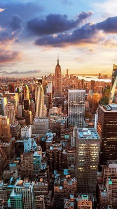 Wallpaper Iphone – Vintage New York City Aerial View iPhone 5 Wallpaper / iPod – Best of Wallpapers for Andriod and ios City Skyline Wallpaper, City Wallpaper, Wallpaper Backgrounds, Iphone Wallpapers, Nature Wallpaper, Beautiful Wallpaper, Apple Wallpaper, Landscape Wallpaper, Vintage New York