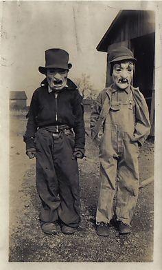 hypersensitivemind:  Masked: Creepy Vintage Halloween Costumes | via Tumblr en We Heart It. http://weheartit.com/entry/82291392