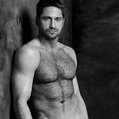 Gerard Butler my other leading man. Yes its 4 am and im pinning Gerard Butler. No pictures of him to look at so Gerard will have to fill in. Gerard Butler, Hot Men, Hot Guys, Gorgeous Men, Beautiful People, Hommes Sexy, Raining Men, Hairy Chest, Hairy Men