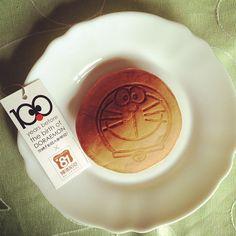 下午茶時間,多啦A夢的誠實豆沙包:D