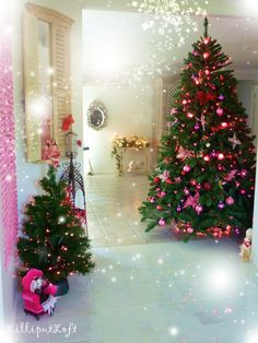 Lilliput Loft pink and red themed Christmas tree