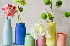 DIY Painted Mason Jars: These are really pretty,  I tried this today and they turned out really pretty :)