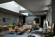 Maurizio Pecoraro's Elegant Home in Milan | http://www.yellowtrace.com.au/maurizio-pecoraro-milan-home-by-dordoni-architetti/