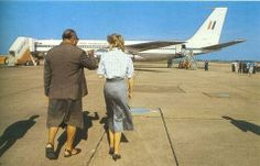 26 Oct 1985 Diana with Fijian Govenor General on the Tarmac at Nadi airport, when the Australian airforce jet carrying the royal party stopped to refuel.