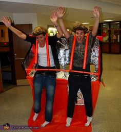 De Jevu Rollercoaster - this has got to be one of the best costumes I have seen