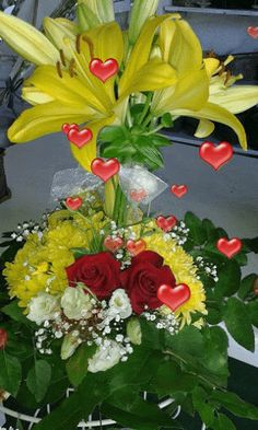 Shared via Flipboard Beautiful Love Pictures, Beautiful Gif, Good Morning Gif, Good Morning Flowers, Gif Pictures, Images Gif, Love You Gif, Beautiful Rose Flowers, Garden Art